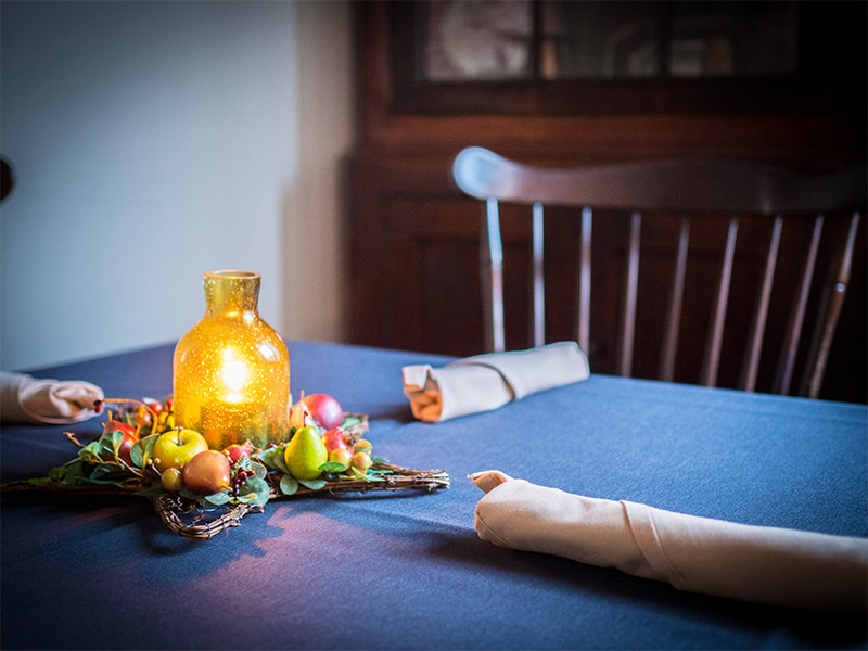 Tavern Table Setting